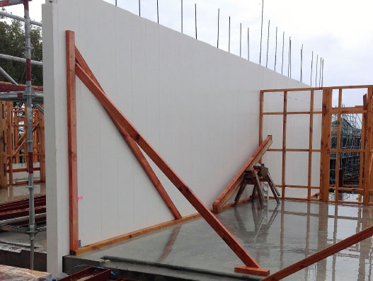 Load bearing Dincel walls reduce floor slab thickness